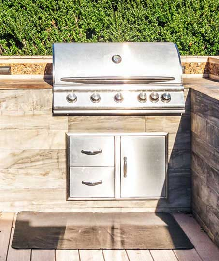 White Leaf Landscaping Outdoor Kitchen Services